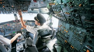 Pilot gty_pilots_cockpit_airliner_ll_120718_wg